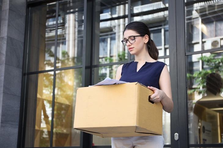 Fehlende Wertschätzung sorgt für schlechte Stimmung beim scheidenden Mitarbeiter. (Foto: shutterstock.com / PhotoByToR)