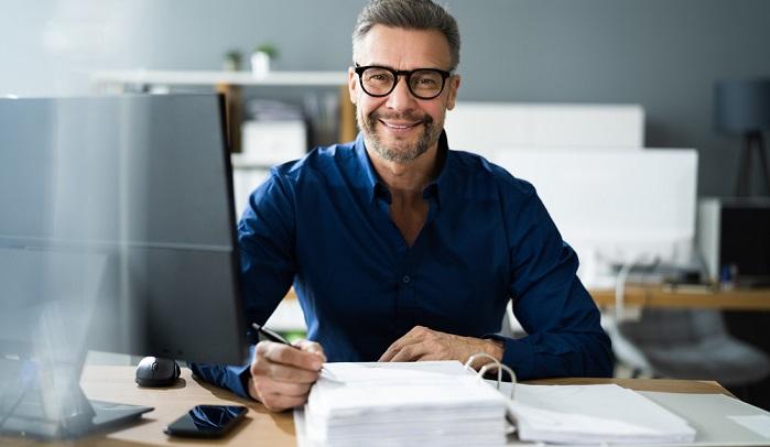 Jedes Unternehmen ist zur Abführung der gewerblichen Steuern ab dem Zeitpunkt der Aufnahme der Betriebstätigkeit verpflichtet. ( Foto: Shutterstock-_Andrey_Popov  )